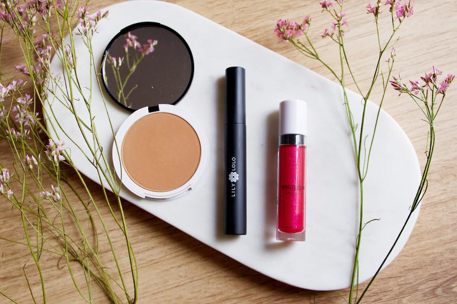 Sélection de maquillage bio Univeda